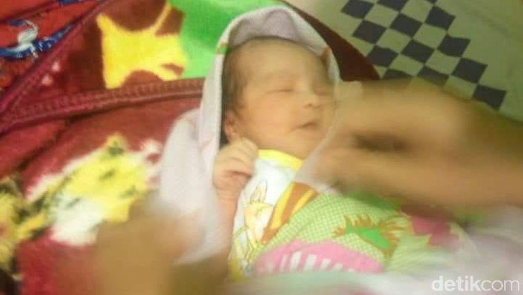 Sesosok Bayi Perempuan Dibuang di Toko Milik Warga Malang