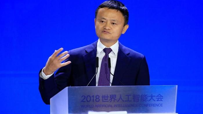 Jack Ma berpidato. Foto: Reuters