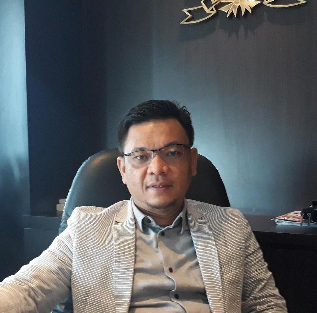 TKN Dukung Luhut Tuntut Pembuat Hoax Siap Cium Kaki Prabowo