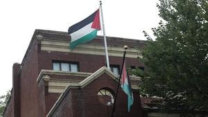 AS Cabut Izin Tinggal Utusan Palestina dan Keluarganya