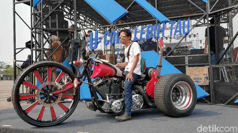 Harley-Davidson Fatboy Tahun 1991 garapan Bingky (Foto: Rizki Pratama)