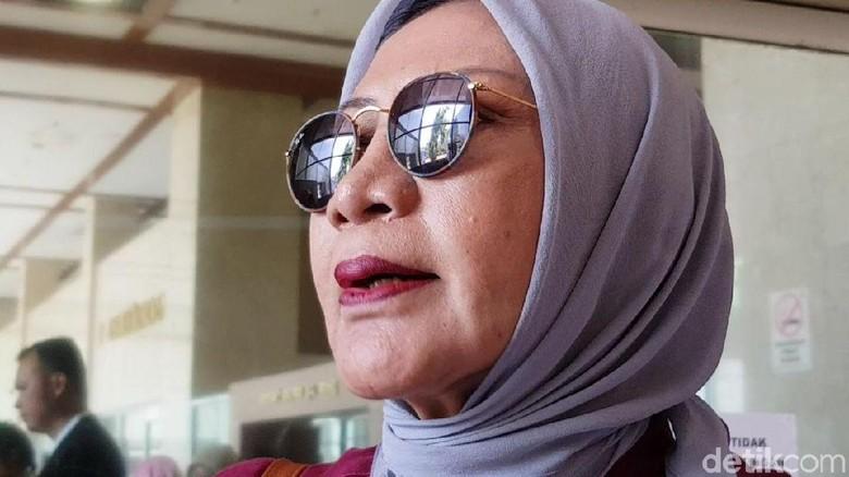 Geger Ratna Sarumpaet: Ribut dengan Luhut hingga Cerita Dianiaya