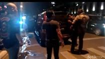 Dipicu Tabrakan, Pengemudi Mobil Dianiaya Pengendara Moge di Bandung