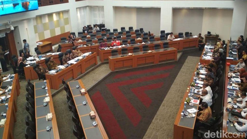 Banggar dan Pemerintah Lanjut Bahas Penerimaan di 2019