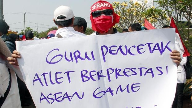 H-1 Seleksi CPNS, Ramai Aksi Honorer K2 Protes Batasan Usia
