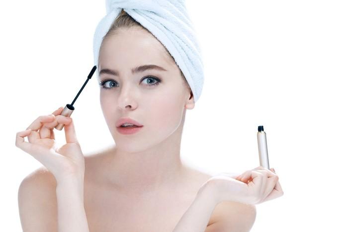 Ilustrasi tutorial makeup. Foto: iStock