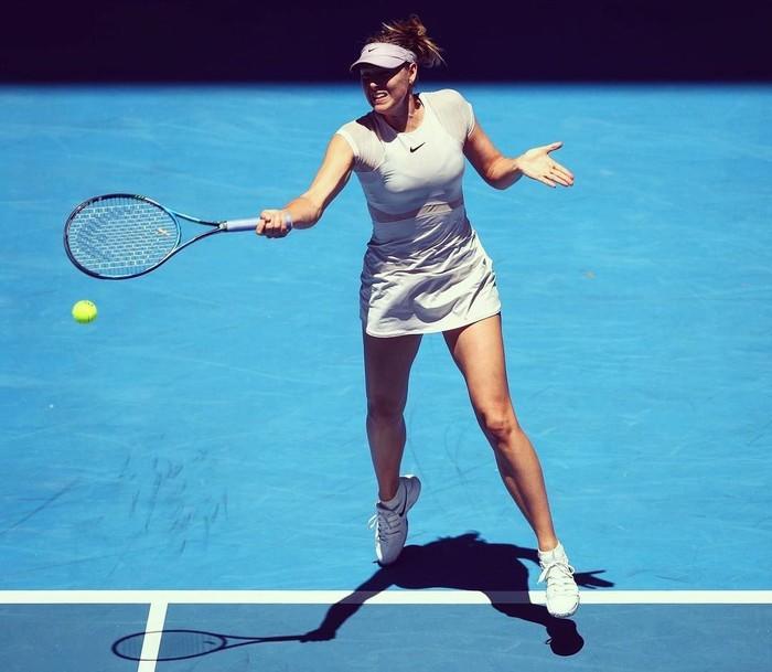 Setelah menjalani hukuman selama 15 bulan ia kembali berlatih tenis dan menjaga kebugarannya agar kembali seperti sebelumnya. (Instagram/mariasharapova)