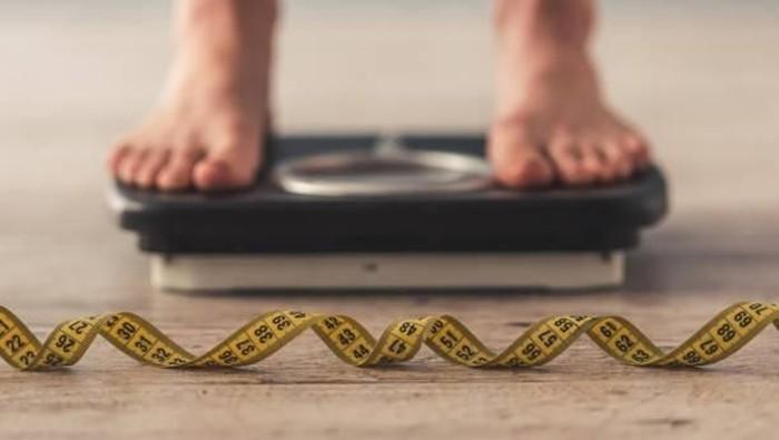 Kenapa ya diet gagal melulu? Ini jawaban Ade Rai. Foto: Istimewa