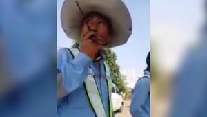 WN China Ukur Tanah di Bekasi, Warga Bingung