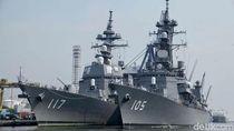 Kapal Perang Jepang Bersandar di Indonesia