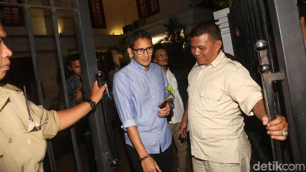 Foto: Sandiaga Tinggalkan Kediaman Prabowo Usai Bahas Timses