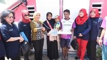 Dirut Pertamina Serahkan 250 Unit Rumah Transisi di Lombok