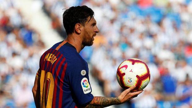 Lionel Messi seolah menyampaikan pesan tantangan kepada Cristiano Ronaldo dengan mencetak hattrick di Liga Champions musim ini. (