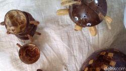 Kerajinan Limbah Batok Kelapa Tembus Pasar Filipina dan Inggris