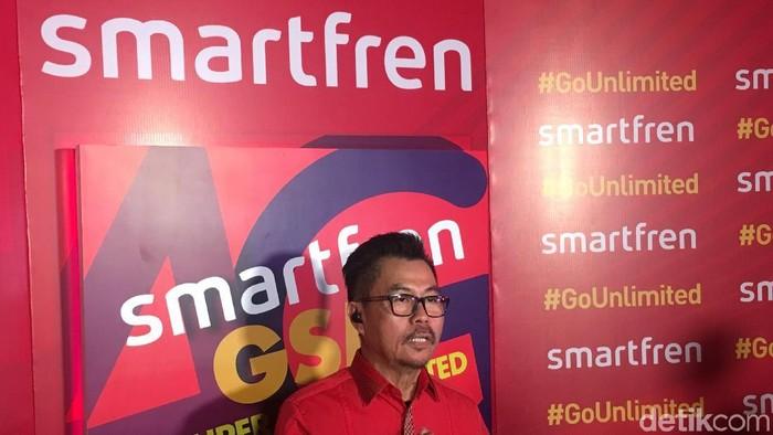 Deputy CEO Smartfren Djoko Tata Ibrahim menjelaskan soal kesiapan pihaknya mengadopsi eSIM (Foto: Agus Tri Haryanto/detikINET)