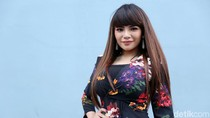 Ditanya Nikita, Dinar Candy Cerita Operasi Payudara saat Ramadhan