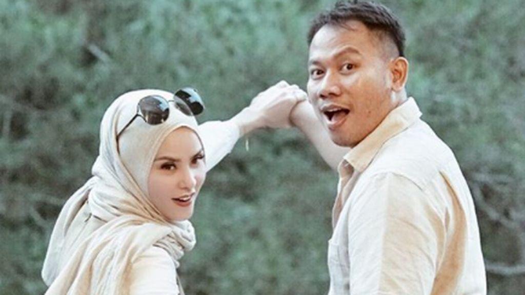 Perseteruan Angel Lelga vs Vicky Prasetyo Makin Memanas