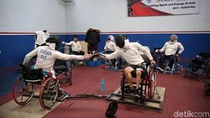 Melihat Persiapan Atlet Anggar Kursi Roda Jelang Asian Para Games