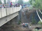 Hindari Kecelakaan, Seorang Biker Tewas Jatuh ke Jurang 10 Meter