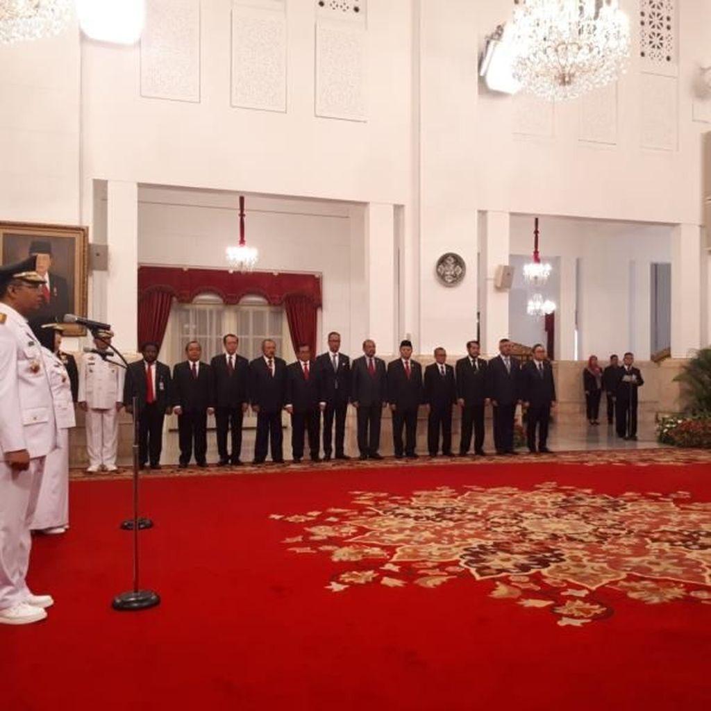 Jokowi Lantik Gubernur NTB Pengganti TGB di Istana