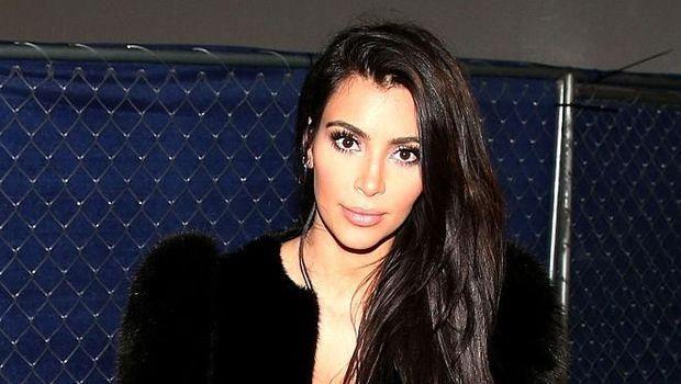 Kim Kardashian Ungkap Caranya Awet Muda: Jangan Tersenyum