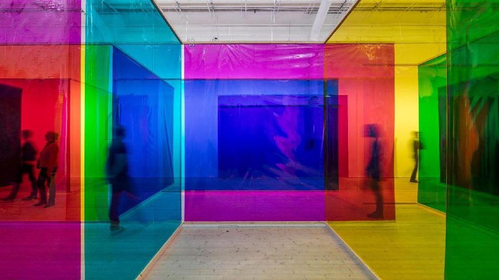 130 Karya Seni Minimalis Seniman Dunia Hadir di Singapura