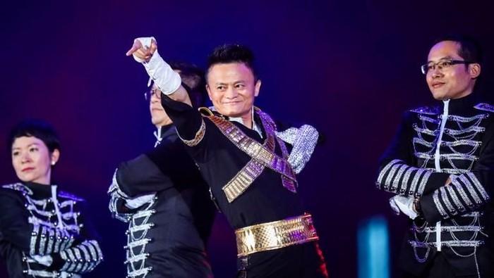 Jack Ma, dalam sebuah acara Alibaba, turut berperan dalam membentuk 11.11 sebagai momen belanja (Foto: AFP PHOTO / STR / China OUT)