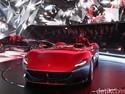2 Mobil Ferrari untuk Pencinta Sejati