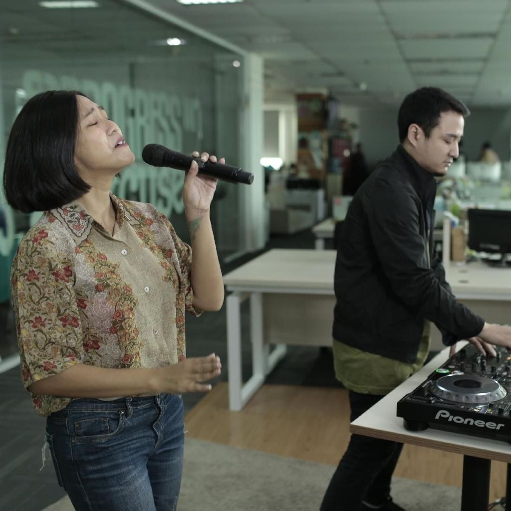 Midnight Quickie dan Rencana Garap Album