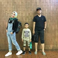 8 Potret Keseruan Keluarga Kakak Zaskia Mecca, Tasya Nur Medina