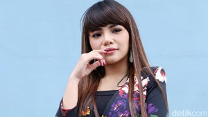 Kok Tiba-tiba Dinar Candy Minta Maaf ke Aurel?