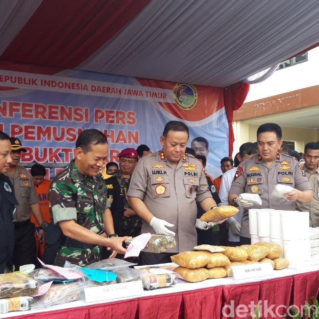 Polisi Musnahkan BB Narkoba dari Penjuru Jatim Senilai Rp 28 M
