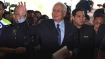 Dijerat 25 Dakwaan Baru, Najib Bebas dengan Mencicil Uang Jaminan