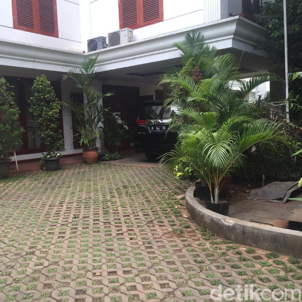 Sandiaga Merapat ke Rumah Prabowo Jelang Pendaftaran Timses