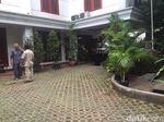 Jelang Pendaftaran Timses, Titiek Soeharto Datangi Rumah Prabowo