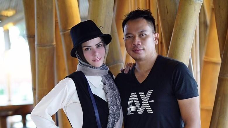 Pengacara: Artis Muda di Kamar Angel Lelga Pemain Raden Kian Santang