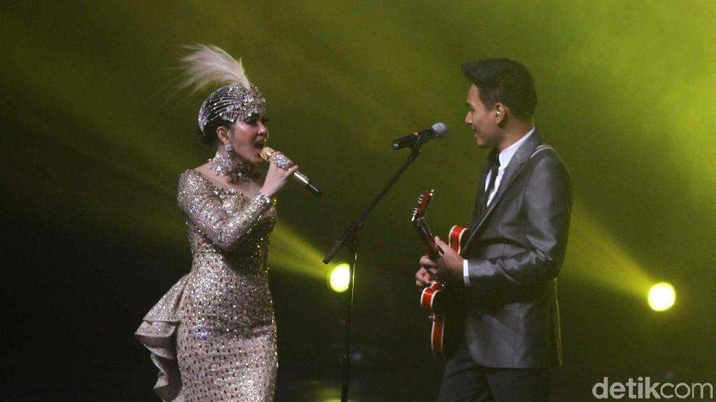 Deretan Kejutan di Konser Journey of Syahrini yang Mewah