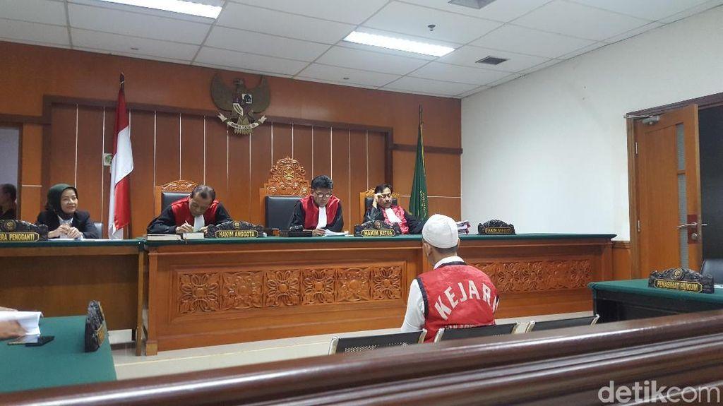 Awang, Bandar Sabu Cair Diskotek MG Divonis 19 Tahun Bui!
