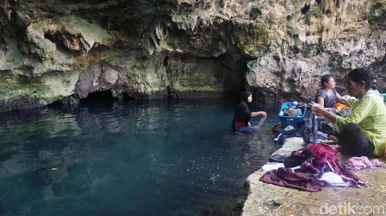 Kontamale, kolam alami yang juga jadi tempat cuci baju (Afif Farhan/detikTravel)