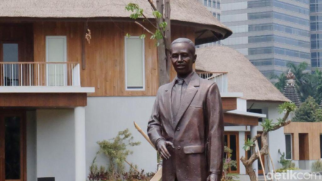 Purjito Bikin Patung Jokowi Setelah Mimpi Didatangi Sang Presiden