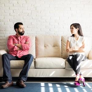 Hubungan Berbeda Prinsip dan Agama, Bisakah Lanjut ke Pelaminan?