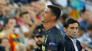 Kartu Merah Ronaldo Absurd