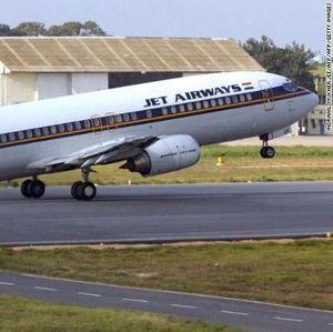 Rugi dan Banyak Utang, Jet Airways di Ambang Kebangkrutan