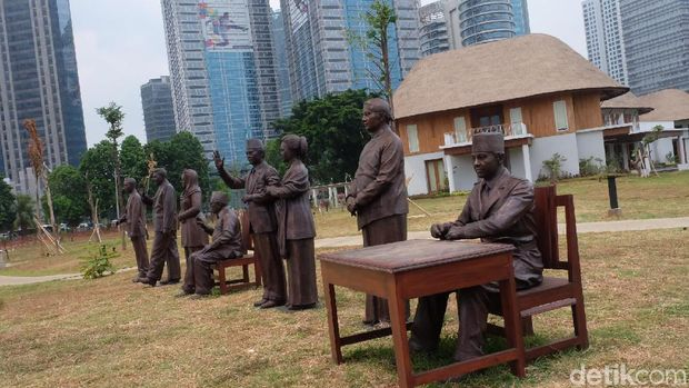 Cerita Purjito 'Didatangi' Gus Dur dan Soeharto saat Bikin Patung Presiden