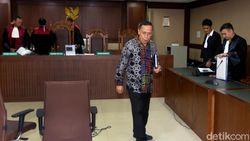 Eks Anggota DPR Amin Santono Didakwa Terima Suap Rp 3,3 M