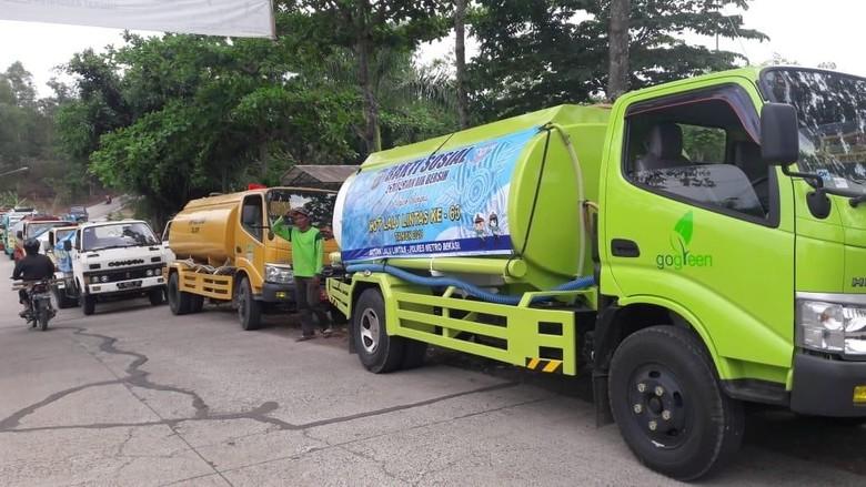 3 Kampung di Bekasi Kekeringan, Polisi Kirim 7 Truk Tangki Air