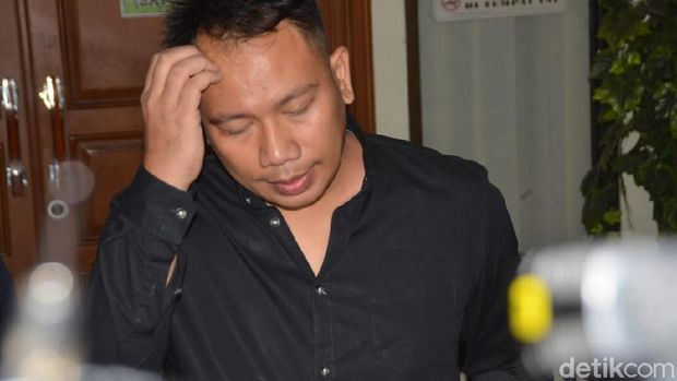 Kabar Hijrah Raffi Ahmad, Racauan Vicky Prasetyo Dibongkar Model Seksi
