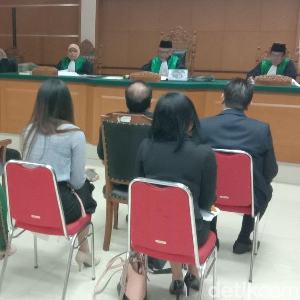Sule dan Lina Tak Hadir di Sidang Putusan Cerai