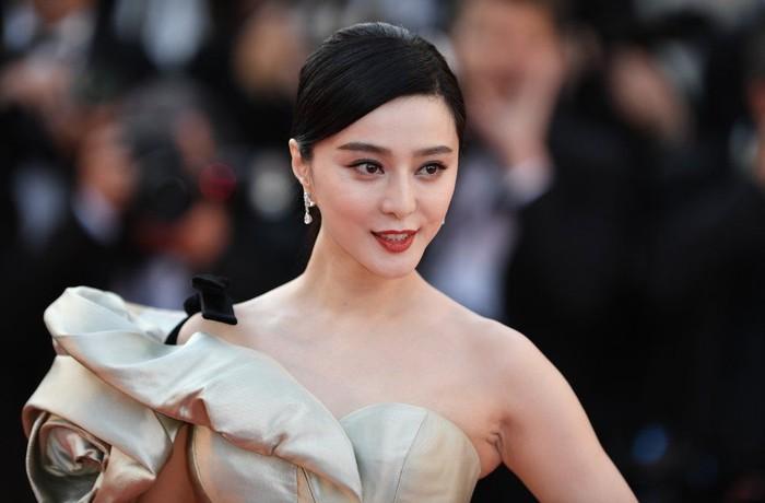 Fan Bingbing merupakan aktris, model, sekaligus penyanyi asal China yang terkenal lewat perannya di berbagai film dan serial televisi. Menghilangnya Bingbing dari peredaran secara tiba-tiba membuatnya kini menjadi sorotan dunia. Foto: Istimewa