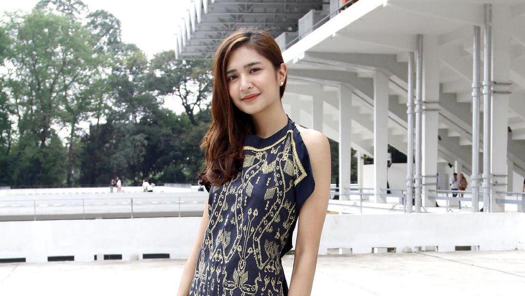 Adu Akting Bareng Widyawati, Mikha Tambayong Deg-degan Takut Salah